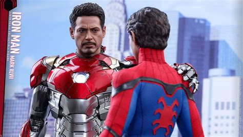 New Iron Man suit from Spider-Man: Homecoming up close