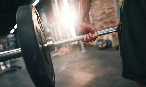 How To Perform A Deadlift For Best Results - Bodybulk