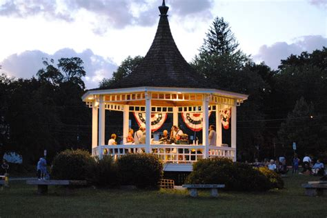 Town of Dunstable Summer Concerts: 2011