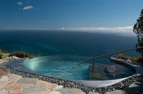 Exquisite Infinity Pools That Will Blow Your Mind   The